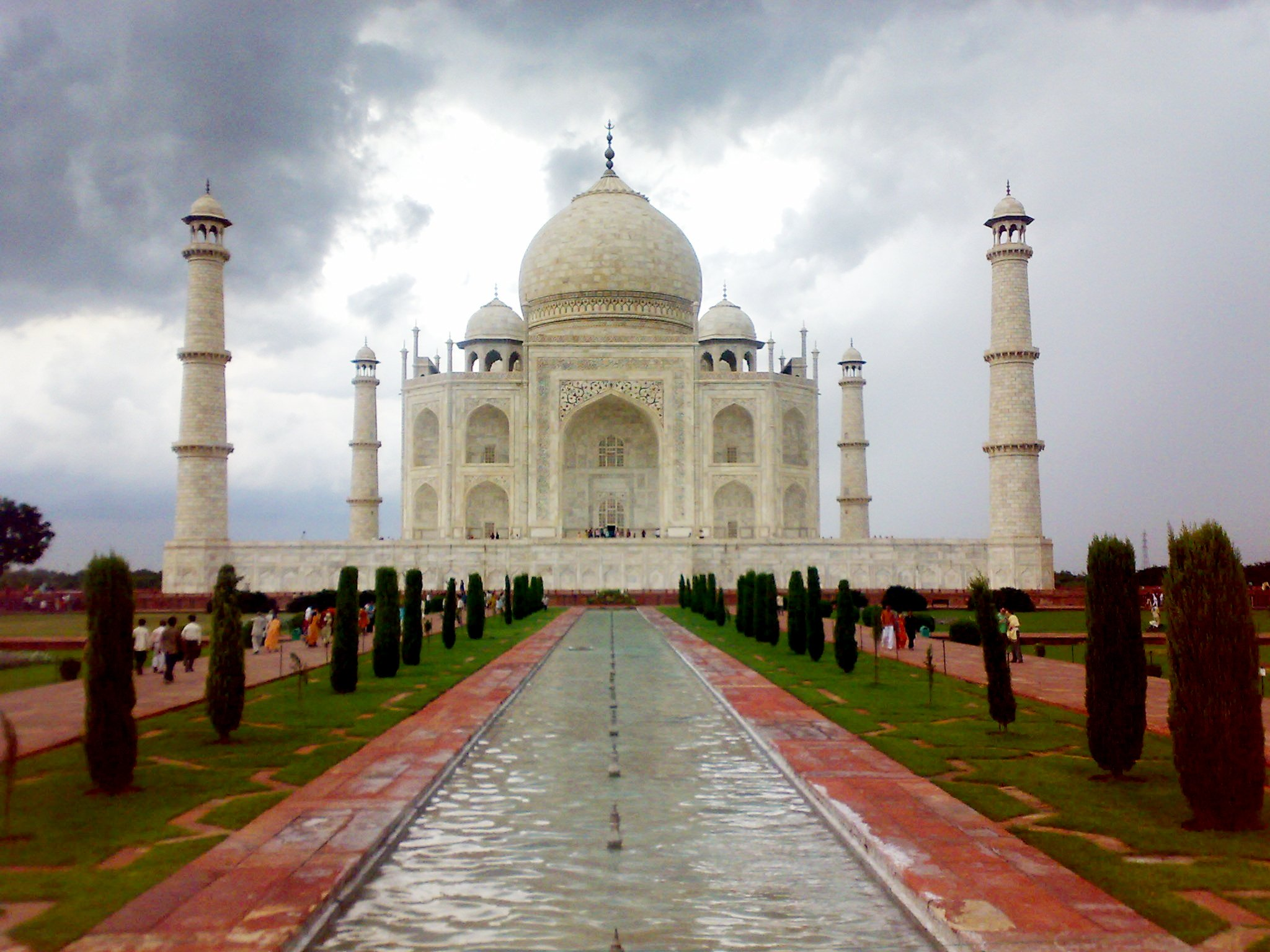 Taj Mahal, India- beautifully designed architectural structures