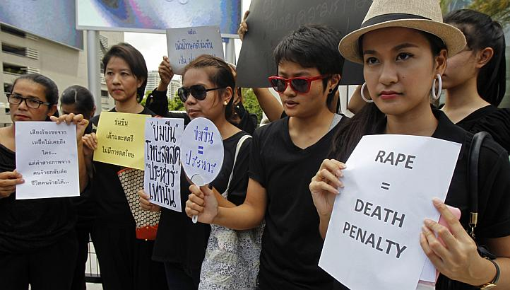 Thailand Protest to stop Rape