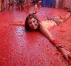 most interesting festivals la tomatina